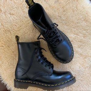 Dr. Martens | Original 8 Eye Boot